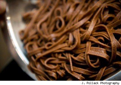 chocolate-pasta_linguine